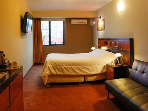 Hotel Las Palmas - фото 2