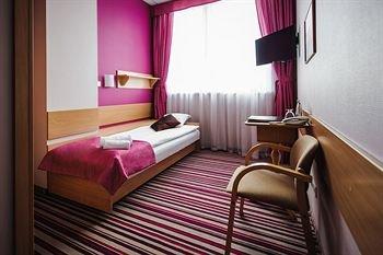InterHouse Hotel - фото 2