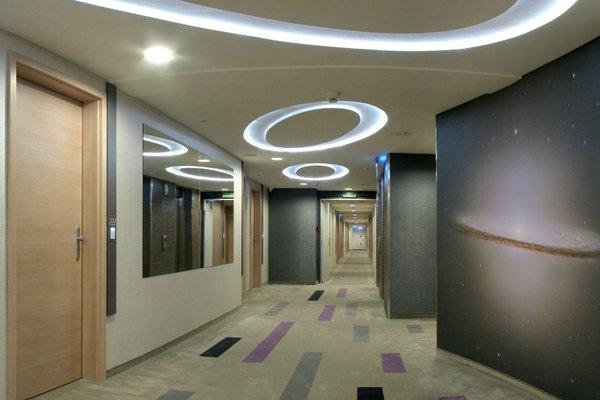 Galaxy Hotel - фото 11
