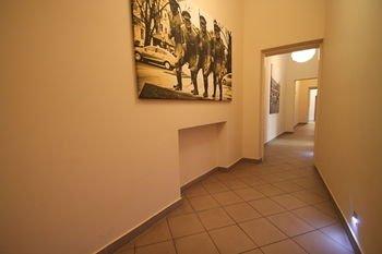 Navigator Apartments - фото 18