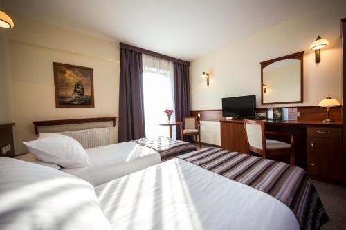 Conrad Hotel - фото 1