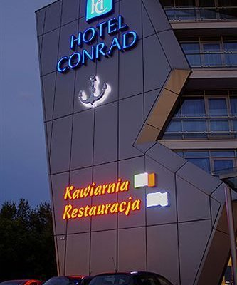 Conrad Hotel - фото 23