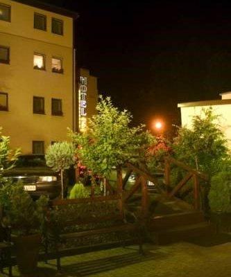Hotel Batory Annex - фото 11
