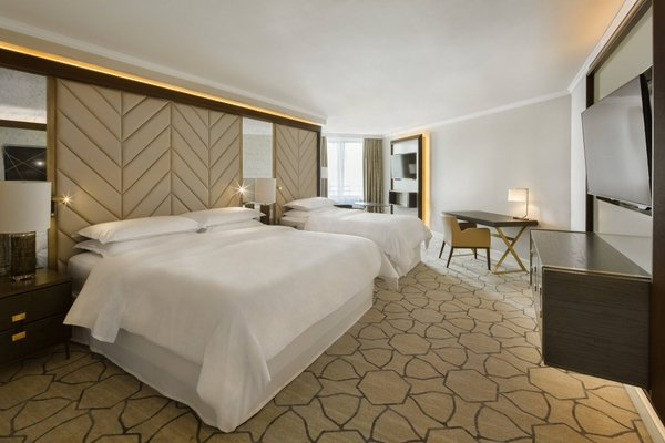Sheraton Warsaw Hotel - фото 1