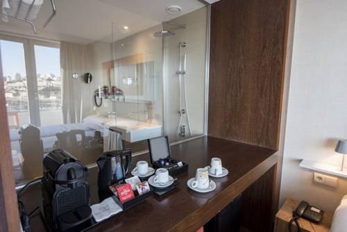 Hotel Carris Porto Ribeira - фото 4