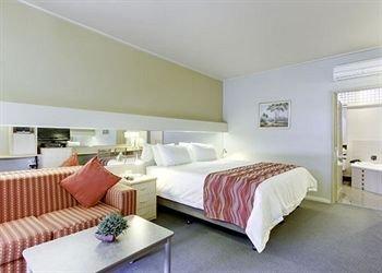 Comfort Inn & Suites Emmanuel - фото 2
