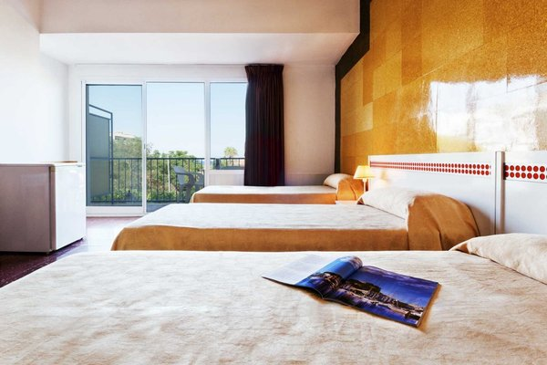 Hotel Rovira - фото 1