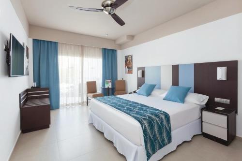 Riu Costa Lago Hotel Torremolinos - All Inclusive - фото 2