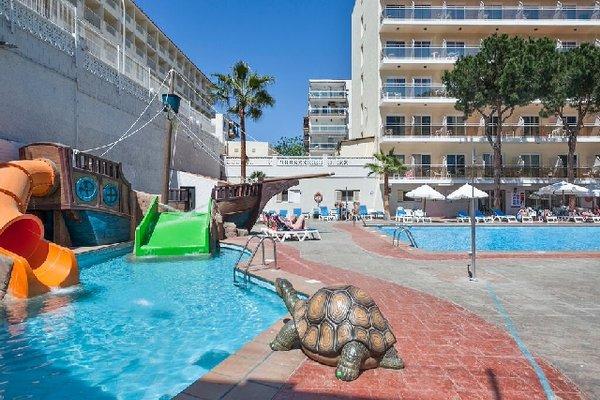 Hotel Oasis Park - фото 14