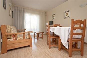 Rentalmar Royal Apartamentos - фото 12