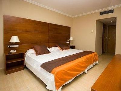 Hotel Eliana Park - фото 1