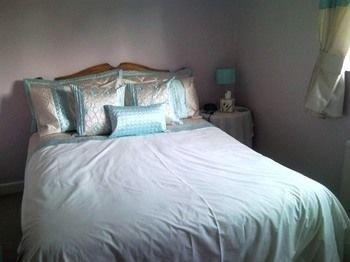 Latchmead Bed & Breakfast