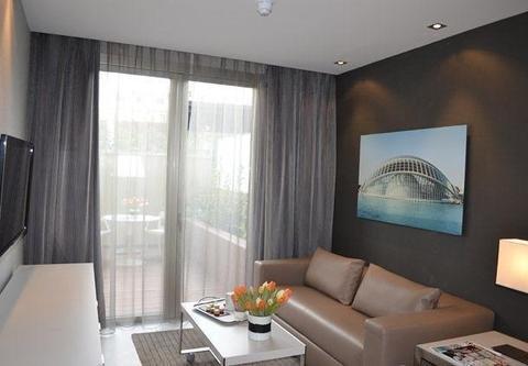 AC Hotel Colon Valencia, a Marriott Lifestyle Hotel - фото 4
