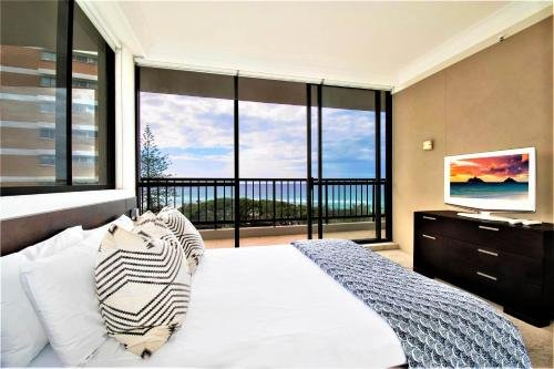 Capricorn One Beachside Holiday Apartments - фото 2