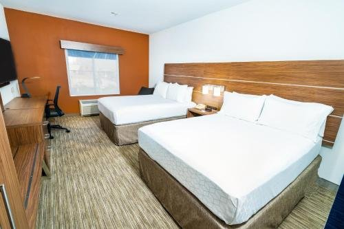 Photo of Holiday Inn Express & Suites Las Vegas SW Springvalley, an IHG Hotel