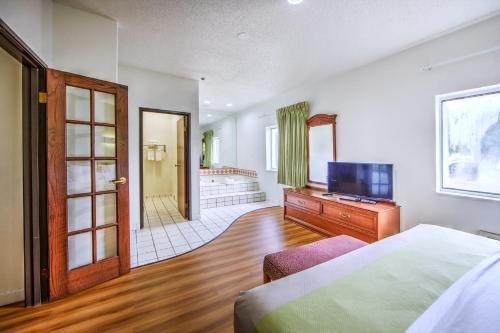 Photo of Motel 6-Dallas, TX - Northwest