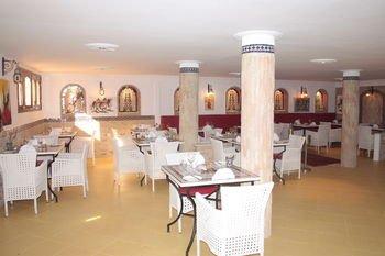 Hotel Pasta Plaza - фото 13