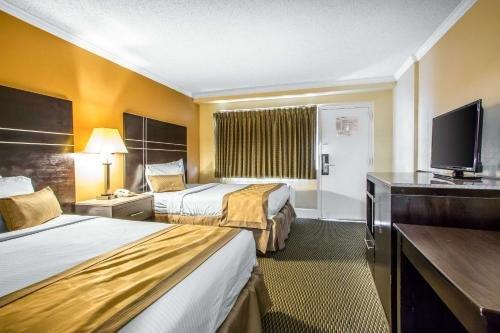 Photo of Rodeway Inn Boardwalk