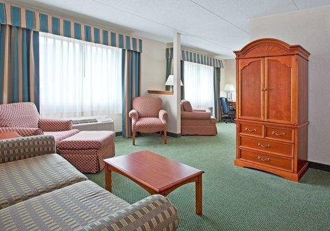 Photo of Holiday Inn Express Hotel Pittsburgh-North/Harmarville, an IHG Hotel