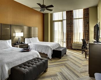 Photo of Hampton Inn and Suites Austin University Capitol