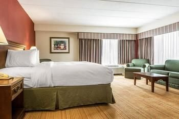 Photo of Clarion Hotel AirportLexington, Indiana