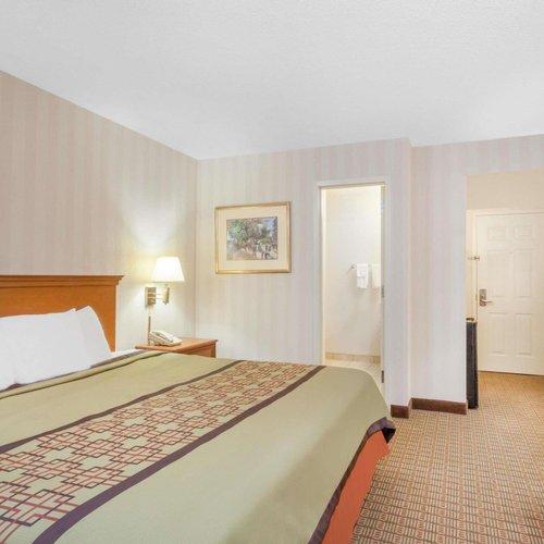 Photo of Days Inn by Wyndham Albany SUNY
