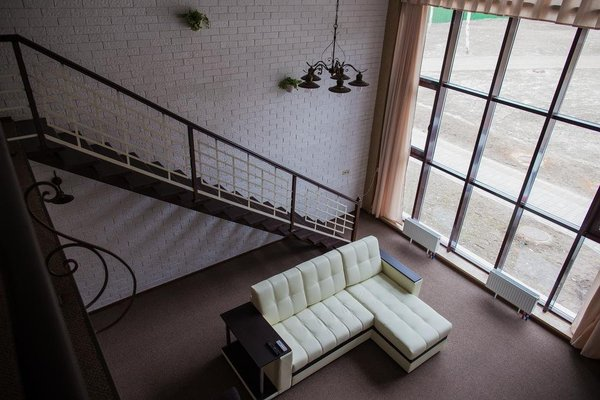 Michur Inn Hotel - фото 3