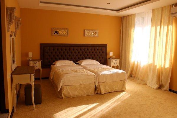 Amber Hotel - фото 2