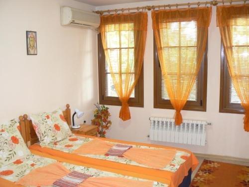 Family Hotel Varusha - фото 1