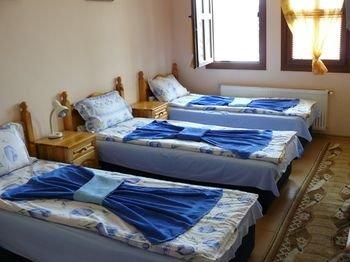 Family Hotel Varusha - фото 4