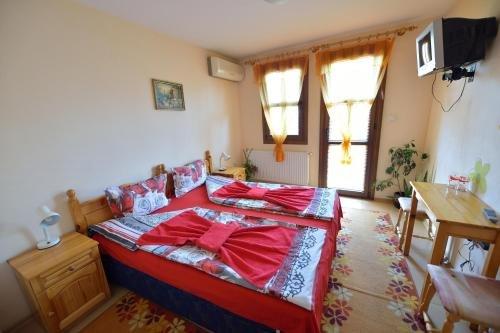 Family Hotel Varusha - фото 5