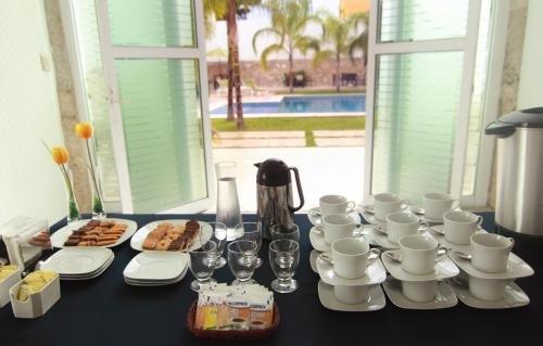 Hotel Embajadores - фото 11