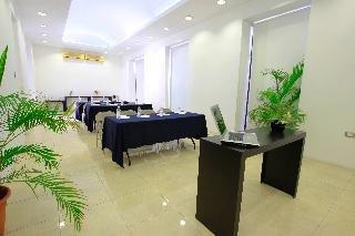 Hotel Embajadores - фото 14