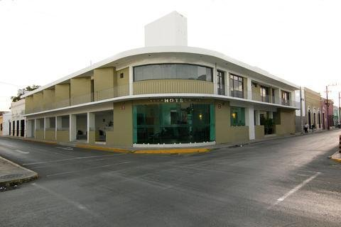 Hotel Embajadores - фото 22