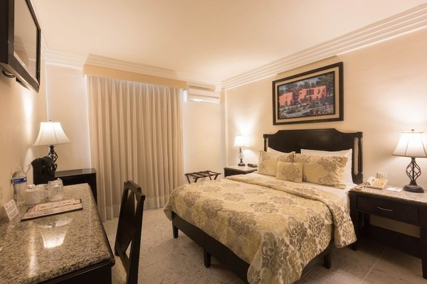 Hotel Victoria Merida - фото 4