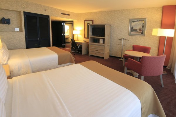 Holiday Inn Monterrey-Parque Fundidora - фото 2