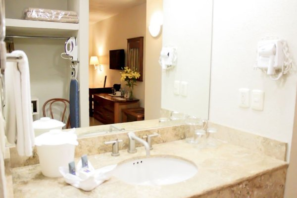 Comfort Inn Monterrey Valle - фото 8