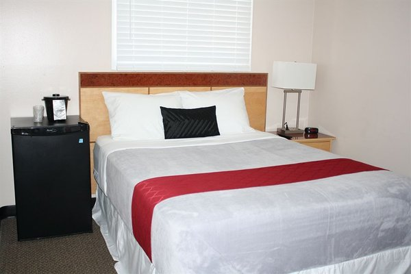 Bexon Rooms - Hotel Downtown Windsor - фото 13