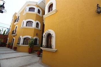 Suites Bello Xochimilco - фото 21