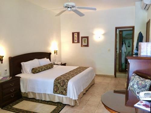 Hotel Hacienda Los Laureles - фото 2