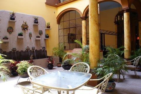 Casa Alebrijes Gay Hotel - фото 20