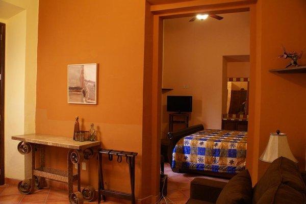 Casa Alebrijes Gay Hotel - фото 3