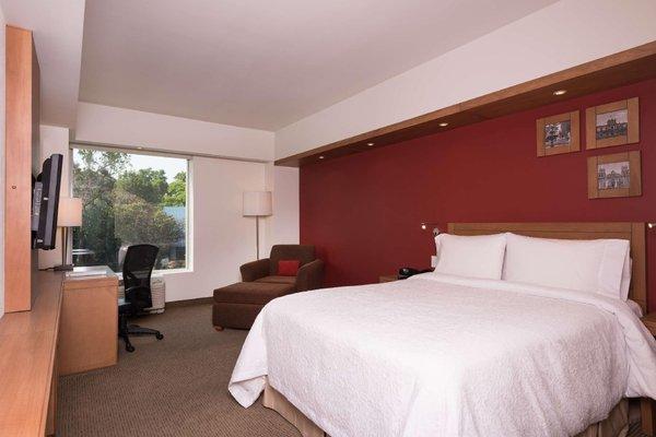 Hampton Inn by Hilton/ GuadalajaraExpo - фото 2