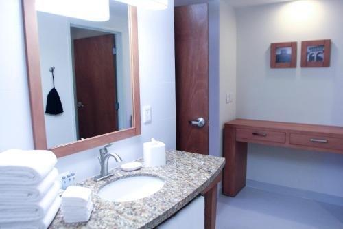 Hampton Inn by Hilton/ GuadalajaraExpo - фото 6