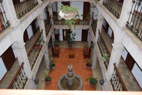Hotel Don Quijote Plaza - фото 15