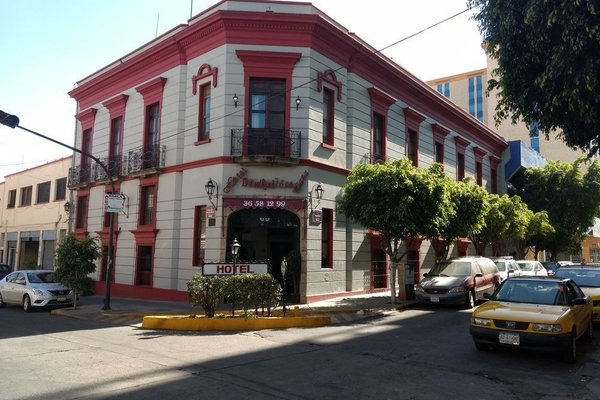 Hotel Don Quijote Plaza - фото 22