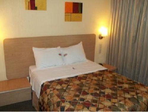 Hotel Castilla y Leon - фото 7