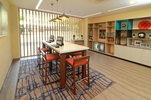 Holiday Inn Hotel & Suites Centro Historico - фото 16