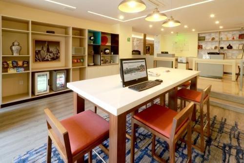 Holiday Inn Hotel & Suites Centro Historico - фото 17
