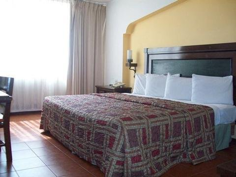 Hotel Fenix - фото 1